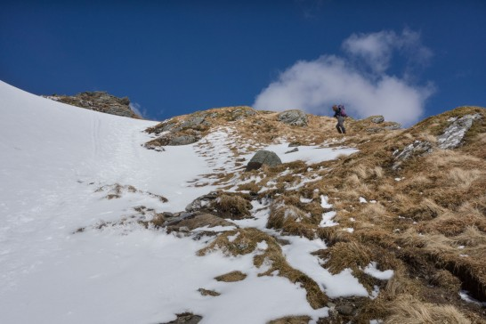 Managing to avoid the snow on Beinn Bhuidhe