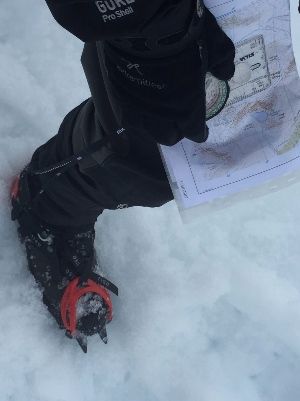 Tricky navigation between Beinn a'Chreachain and Beinn Achaladair in snow & fog