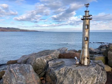 Stonehaven Sculptures: Banksy of Sculpture