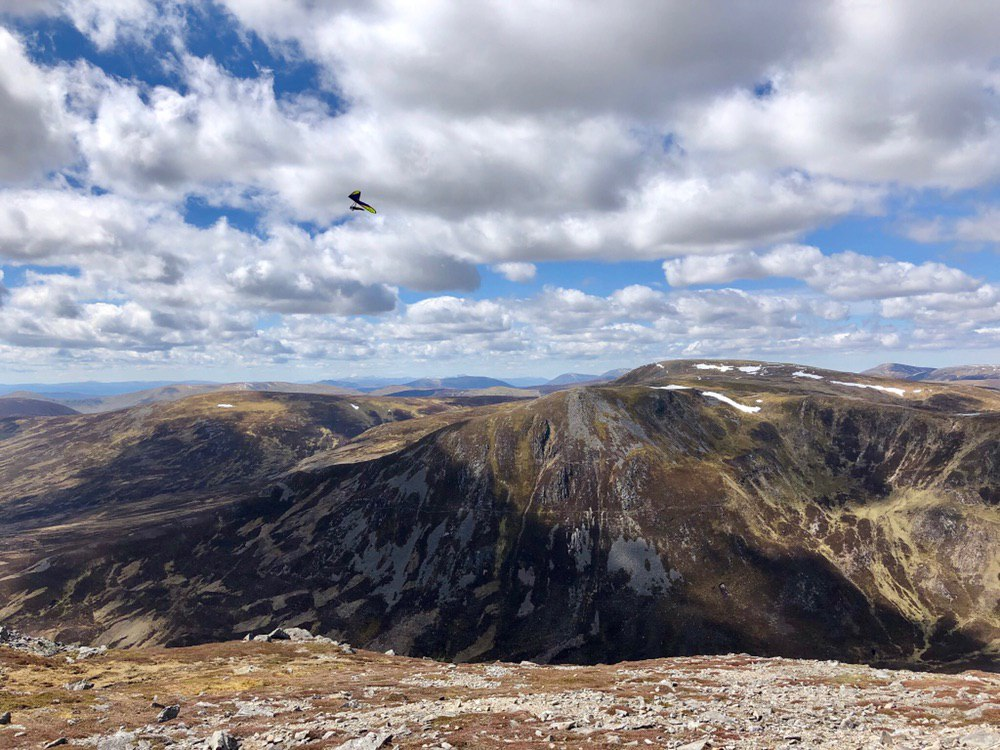 Hang glider off The Cairnwell