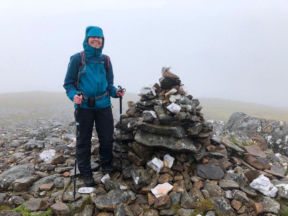 Summit cairn: Eididh nan Clach Geala